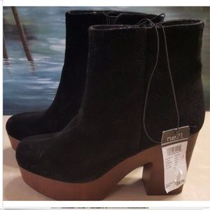 NWT Rue 21 Boots Size Large 8/9 Black Faux Suede